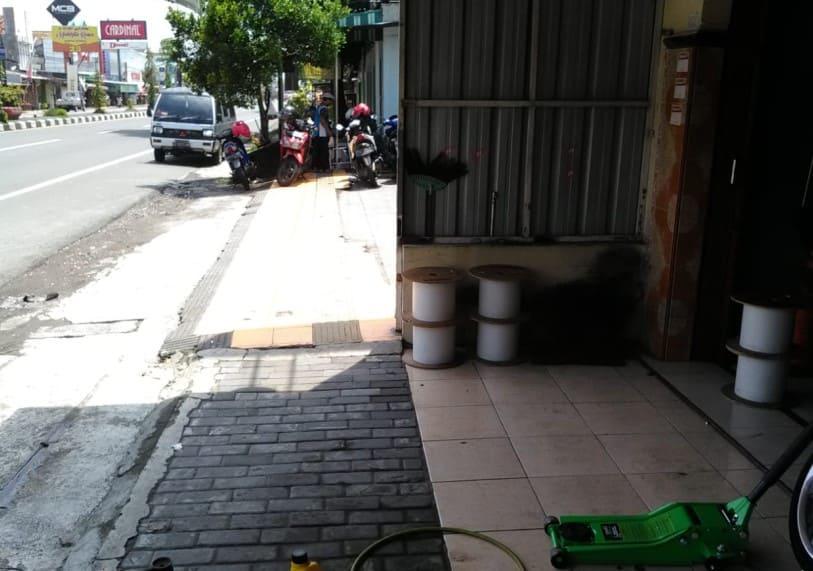 Jual Segera Rumah Kios Lokasi Strategis di Prambanan Klaten